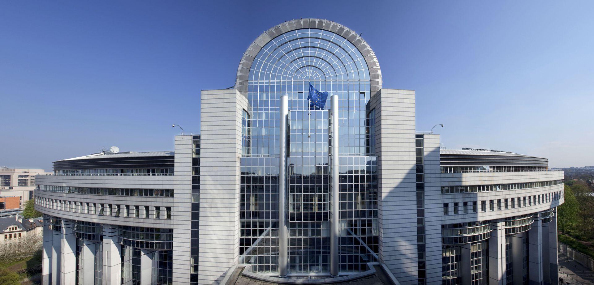 Visita al parlamento europeo dal 19 al 21 10 2015 laura for Parlamento sede